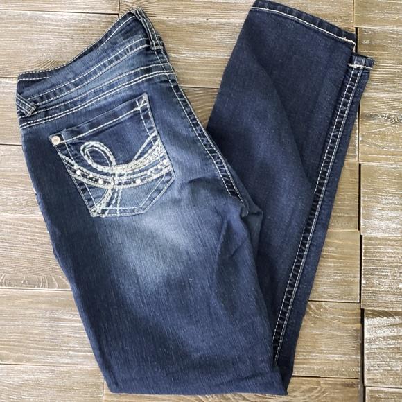 0d19fbadf46 Wallflower Jeans   In Juniors Size 9   Poshmark